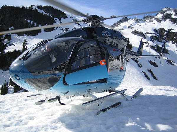 helicopter-charter-snow